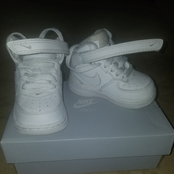 White Toddler Air Force Ones Size 4c